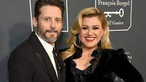 Kelly Clarkson divorce payout details ...