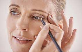 7 essential eye makeup tips for women