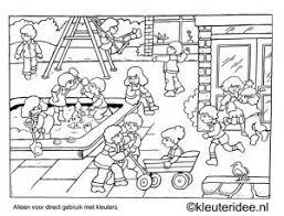 Kleurplaat Kleuters Spelen Op Het Schoolplein Kleuteridee