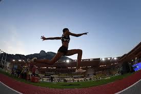 La venezolana yulimar rojas, la gran favorita al oro del salto triple femenino de los juegos olímpicos de tokio 2020, avanzó este viernes con autoridad a la final de la especialidad, en la que volverá a encontrarse con la colombiana caterine ibargüen. N9 Uph7w0zufem
