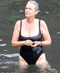 Jamie lee curtis ass
