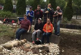 Students embark on effort to renovate campus rain garden | YSU