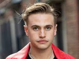 Mani' actor Daniel Mickelson has died ...