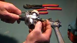 Repairing Kitchen Faucet How To Repair A Leaky Kitchen Faucet Single Levermoen
