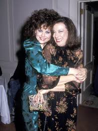 Designing Women Suzanne Class Reunion Designing Womens Julia And Suzanne Sugarbaker Had The Best