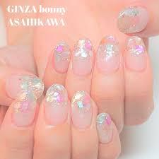 Ginza Bonny旭川店さんのネイルデザイン カラフルなシェルのデザイン
