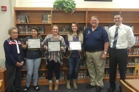voice of democracy essay contest winners oakridge public schools voice of democracy essay winners
