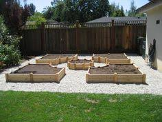 Small Picture Array Let Makes Useful Vegetable Garden with This Timber for
