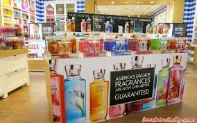bath and body works near times square sunshine kelly beauty fashion lifestyle travel fitness