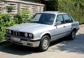 BMW 3 Series (E30) - Wikipedia