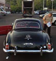 Internally referred to as w121 (bii or b2), it was first shown in prototype at the 1954 new york auto show, and was available with an optional removable hardtop. Mercedes 190 Sl Hard Top Small Window Vs Big Window 1955 1963 Mercedes Market