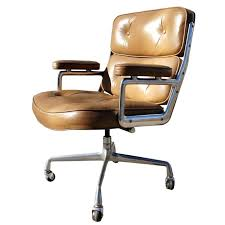 Elegant Interior And Furniture Layouts Pictures  Office Chairs Management Chair Herman Miller