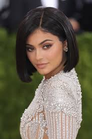 kylie jenner with her signature brown smoky eye at the 2016 met gala photo