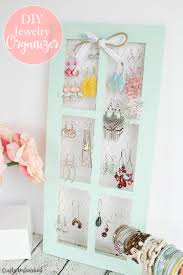 Jewelry Organizer Diy Diy Jewelry Holder With Chicken Wire Window Frame