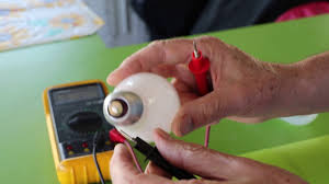Test Light Bulb With Multimeter How To Test A Light Bulb For Continuity With A Multimeter