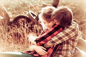 cute couples hugging and kissing 15