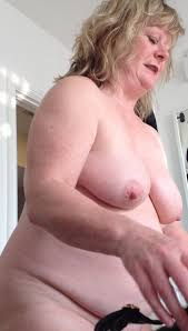 40 inch tits and belly Fat white mature woman Nude Girls Pictures