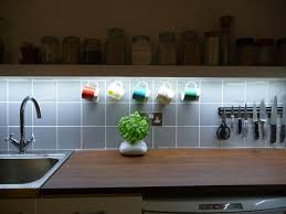 under cupboard lighting using led strip lighting in the kitchen
