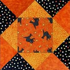 Cele mai bune 25+ de idei despre Halloween blocks pe Pinterest ... & Black Cats Halloween Quilt Blocks. Christmas fabrics or even fall fabrics. Adamdwight.com