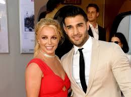 A comprehensive list of britney spears loves, ex boyfriends, and breakup rumors. Britney Spears S Boyfriend Sam Asghari Calls Out Singer S Dad