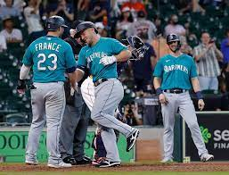 Mariners come back to beat Astros ...