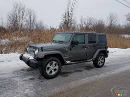 A Jeep Wrangler in winter, what's that like? | Car Reviews | Auto123