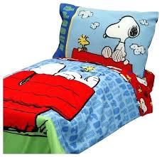 blue toddler bedding set snoopy bedroom set snoopy toddler bedding set peanuts comforter and sheets snoopy blue toddler bedding