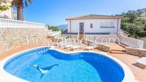location villa costa brava avec piscine