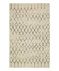 cream gray diamond rug