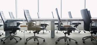 Fun office chairs Unusual Reasons Office Chairs Totally Suck and Fun Alternatives To Use Instead Zergo Reasons Office Chairs Totally Suck and Fun Alternatives To Use