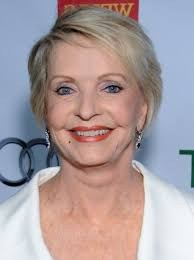 short hairstyles for women over 70 success