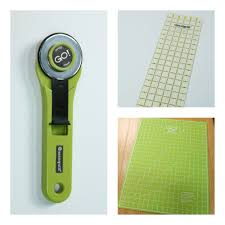 Quilting for Beginners: Using a Rotary Cutter | AccuQuilt : AccuQuilt & tools needed for rotary Adamdwight.com