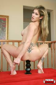 Young Xxx Housewife In Stockings Taking Off Xxx Dessert Picture 5.