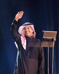 """راشد الماجد يشعل """"ليلة السندباد"""" بموسم الرياض ومزاد علني لبيع عوده - مجلة هي"""