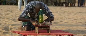 LA MAGIE AFRICAINE DU MEDIUM VOYANT PAPA VODOU