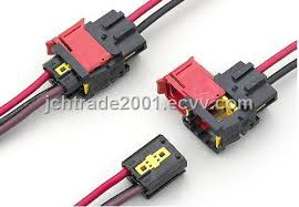 auto connector 3 hole wire harness wire connector purchasing wire harness connectors toyota at Harness Wire Connectors