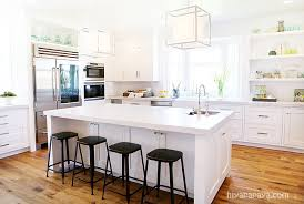 4 features that date a kitchen