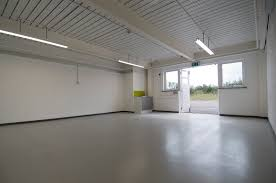 large office space. Light Industrial / Large Office Space S