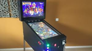 virtueller flipper virtual pinball cabinet fertig installiert mit 32 playfield monitor und 19