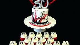 30th Birthday Cupcake Ideas For Him Fitrinis Wallpaper