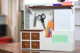 picture of how to build an organization caddy system for the desktop