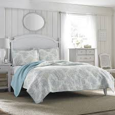 Laura Ashley Saltwater Blue Reversible 3-piece Cotton Quilt Set ... & Laura Ashley Saltwater Blue Reversible 3-piece Cotton Quilt Set Adamdwight.com