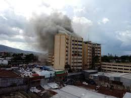 Incendio en instalaciones de Ministerio de Hacienda deja al menos un muerto  y ocho lesionados de gravedad - Sucesos - El Salvador Times