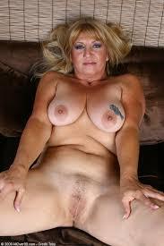 Busty mature women galleries