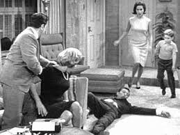 The Story of Dick Van Dyke and the Ottoman – Once upon a screen…