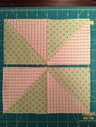Pinwheel block:Instructions and calculator to make Pinwheel block ... & Mighty Distractible: Pinwheel Quilt Blocks Can also be arranged in zig zag Adamdwight.com