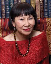 author amy tan opens up about strife mom responds to critics