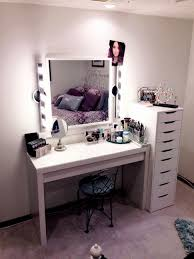 Makeup Vanity Mirror with Lights Diy Awesome 13 Fun Diy Makeup
