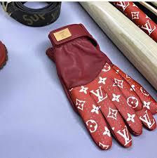 louis vuitton x supreme fashion show louis vuitton x supreme gloves