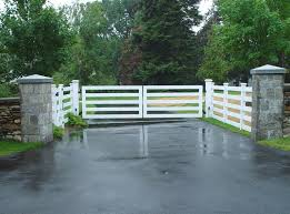 Split rail fence company is one of the largest retailers, wholesalers, and contractors of fencing along the colorado front range. Guide To Driveway Gate Materials Tri State Gate